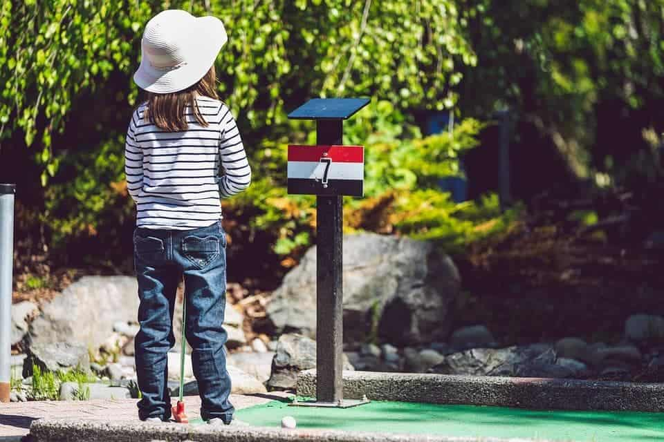 Tips to Get Your Kids into Golf